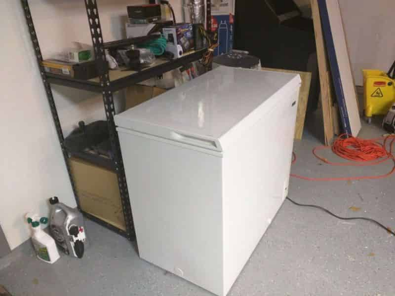 7.1 cu/ft freezer – in the garage