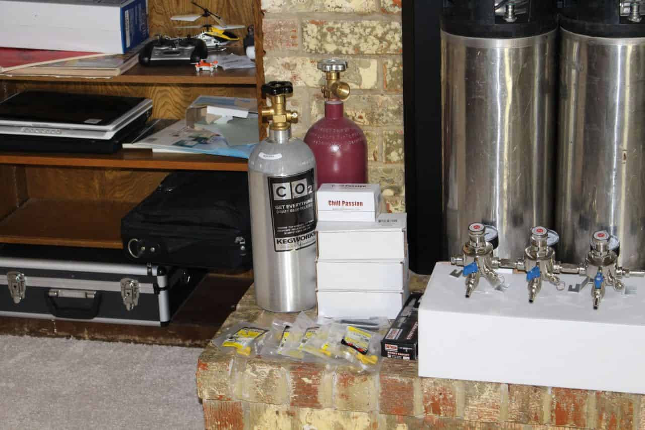 Beer Gas Tanks,  Secondary CO2 Regulator, Taps, Kegs and Clamps