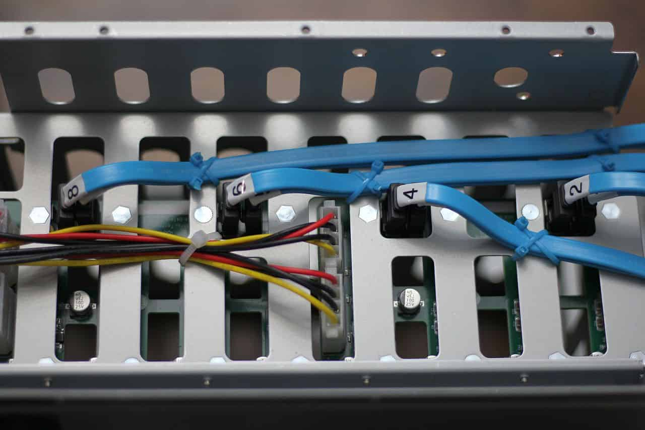 SATA Cable Installation and management #3