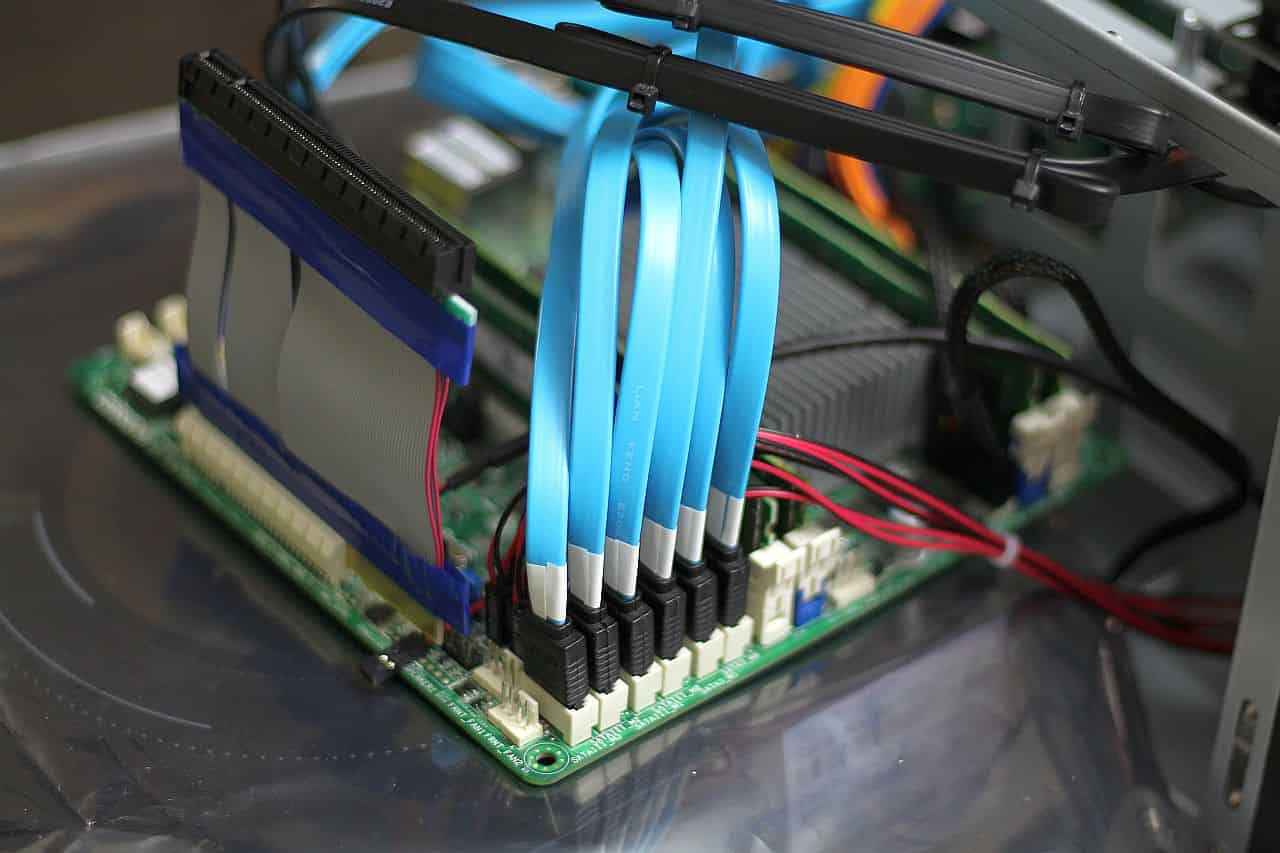 SATA Cable Installation and management #6