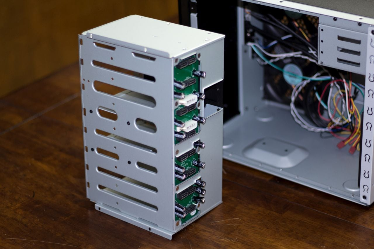 DS380B Case - Drive Cage #2